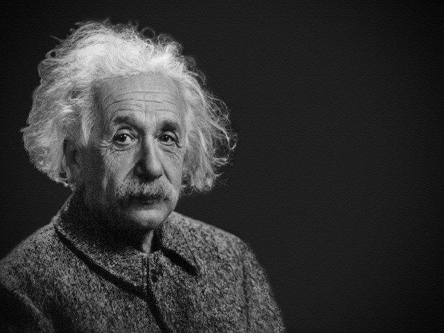 """""""טכנודע חדרה"""" בחגיגות יום ההולדת ה142 לאלברט איינשטיין"""